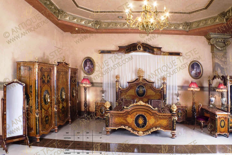 Italian Bedrooms Antique Taste Luxury Ormolu And Marquetry Antique