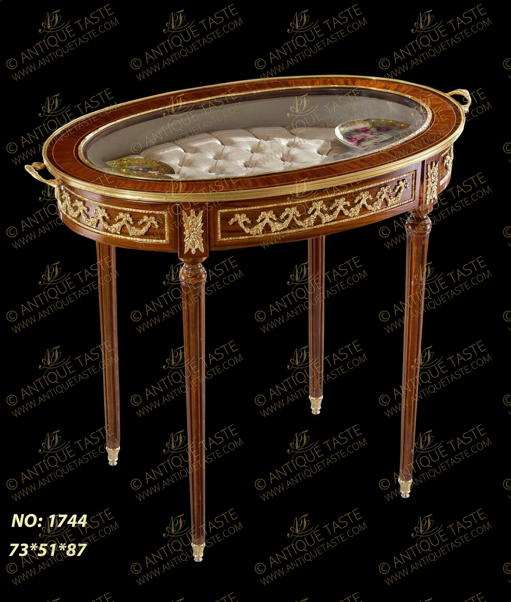 French Louis XVI style ormolu mounted oval shape bijouterie